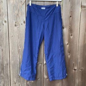 Lululemon Polyester Mesh Lined Capri Pants